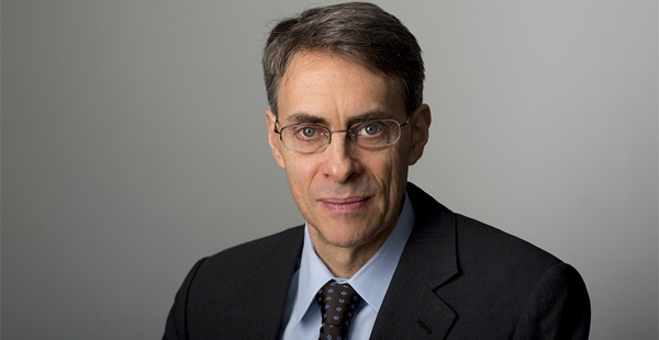 Photo of Kenneth Roth