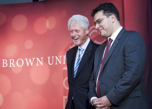 Bill Clinton and Taubman fellow Marc Dunkelman. Photo by Michael Salerno.