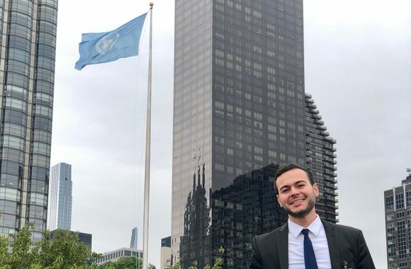 Felipe in front of the UN in New York City