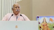 Bhagwat addressing the RSS from podium